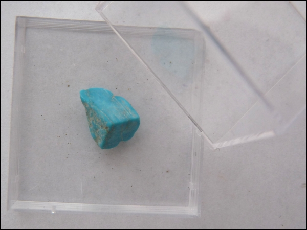 Turquoise small in box