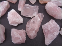 Quartz Rose quartz rough small 50x